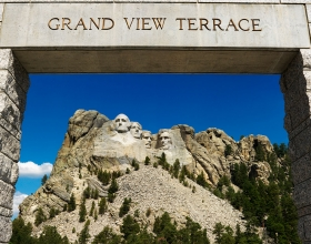 Mount Rushmore National Memorial Entrance